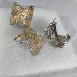 Jewelry - Diamond ring and earrings